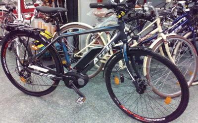Bici elettrica a pedalata assistita, l'alternativa per spostarsi in città